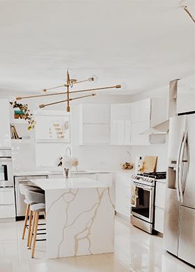 Кухонный остров из искусственного камня