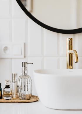 Столешницы и мойки для ванны